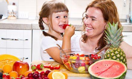 3 consejos para preparar fiestas infantiles con opciones saludables