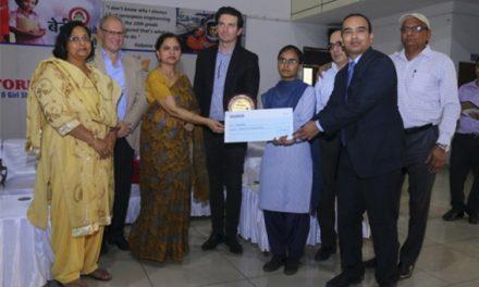 Grupo Ebro entrega 10 becas en India a estudiantes femeninas con brillantes expedientes académicos