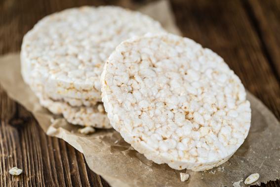 Tortitas de arroz caseras, un snack saludable