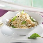 Arroz Thai con cacahuetes y albahaca
